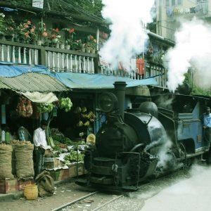 DarjeelingTrain1.jpg